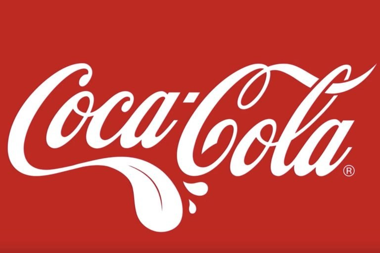 logo coca cola - agencia de marketing buque insignia